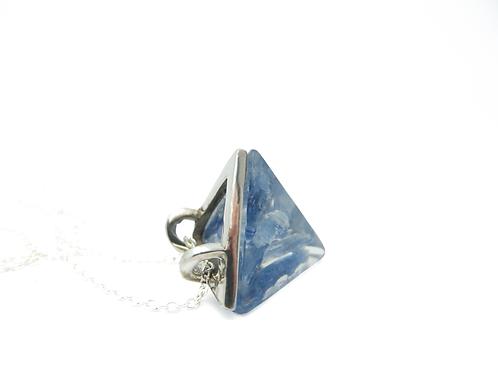 Amuleto Tet Cianita Azul