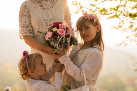 Braut & Blumenmädchen