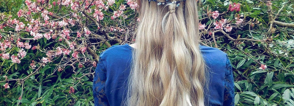 Haarschmuck mit Perlen und Schmuckdrath