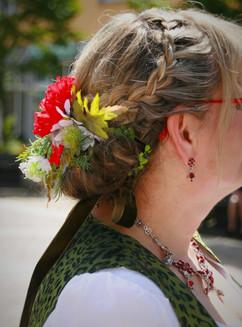 Trachten-Braut Accessoire & Styling