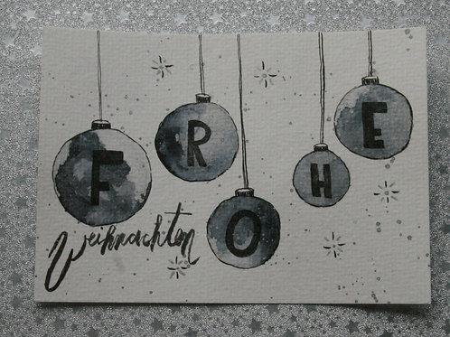Frohe Weihnachten Postkarte mit Weihnachtskugeln