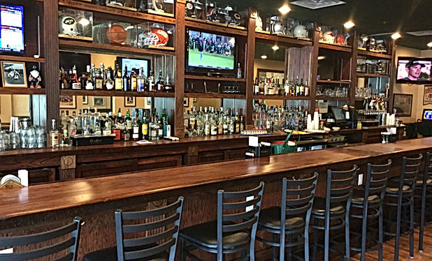 Hinchey's Chicago Bar & Grill - Best Hilton Head Hot Wings