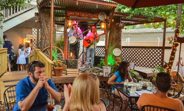 lowcountry backyard restaurant, family restaurants hilton head island