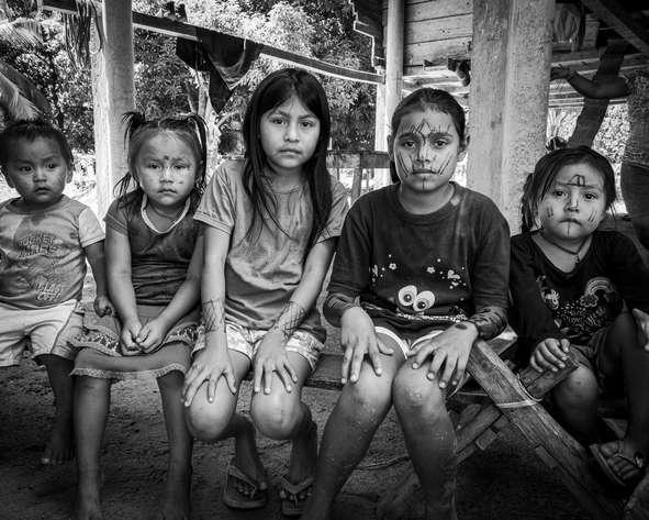 Les filles de la tribu