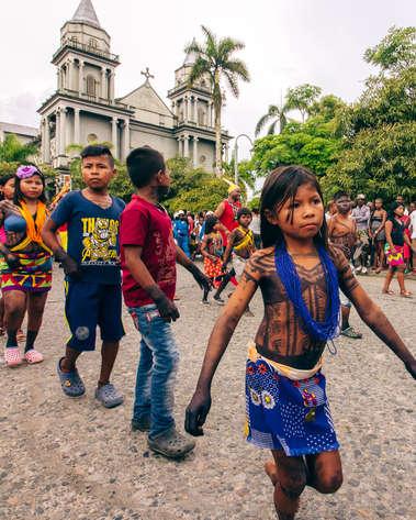 Défilé des communautés Indigènes