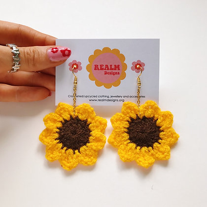 Crocheted sunflower earrings