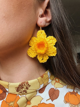 Crocheted daffodil earrings