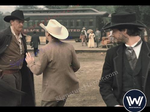 Casey Hendershot - Westworld 5 - 8X10