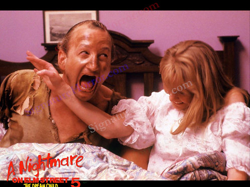 Lisa Wilcox - NOES 5: The Dream Child - Freddy in Bed - 8X10