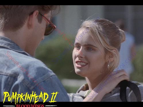 Ami Dolenz - Pumpkinhead II - New Girl 3 - 8X10