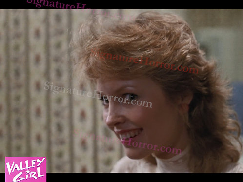 Deborah Foreman - Valley Girl - Bathroom 8 - 8X10