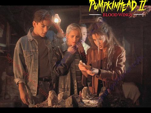 Ami Dolenz - Pumpkinhead II - Witch House 1 - 8X10