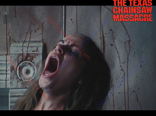 Teri McMinn Texas Chainsaw Massacre - Hook 2 - 8X10