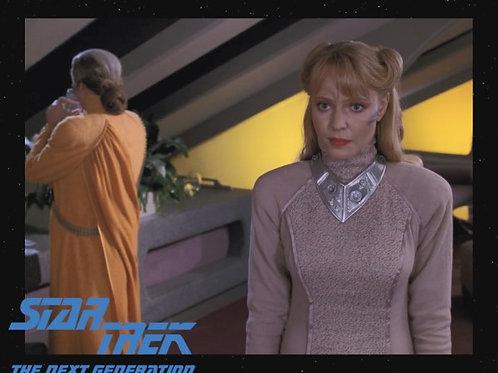 Lisa Wilcox - Star Trek: TNG - Yuta 2 - 8X10