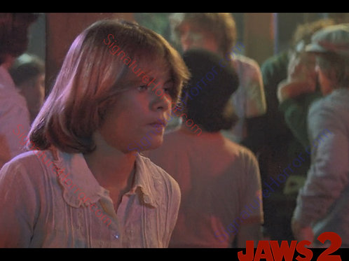 Donna Wilkes - Jaws 2 - Bar 6 - 8X10