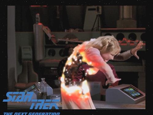 Lisa Wilcox - Star Trek: TNG - Disappearing - 8X10