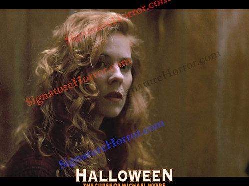 Marianne Hagan - Halloween 6 - What's That Noise 2 - 8X10