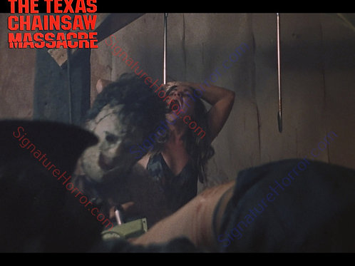 Teri McMinn Texas Chainsaw Massacre - Hook 6 - 8X10