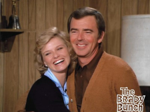 Brooke Bundy - The Brady Bunch with Sam - 8X10