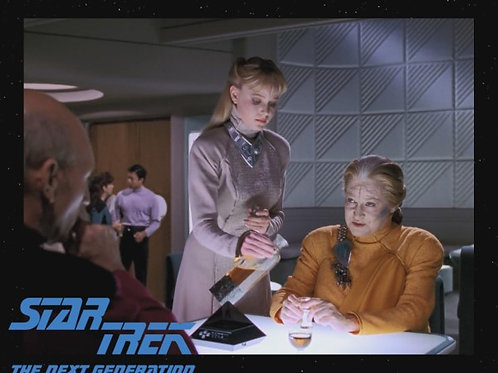 Lisa Wilcox - Star Trek: TNG - Pouring - 8X10