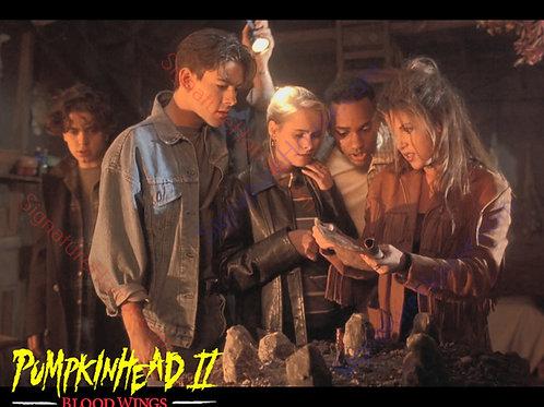 Ami Dolenz - Pumpkinhead II - Witch House 2 - 8X10