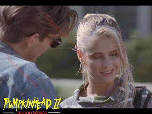 Ami Dolenz - Pumpkinhead II - New Girl 7 - 8X10