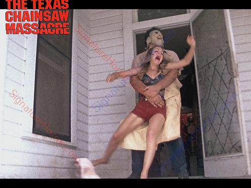Teri McMinn Texas Chainsaw Massacre - Failed Escape 1 - 8X10