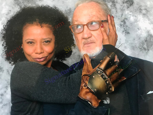 Toy Newkirk - NOES 4 - Photo Op with Robert Englund - 8X10