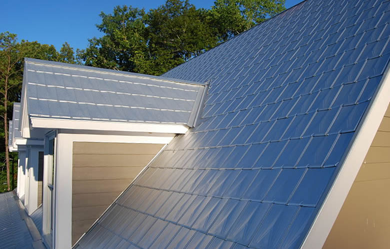 Metal shingles home installation