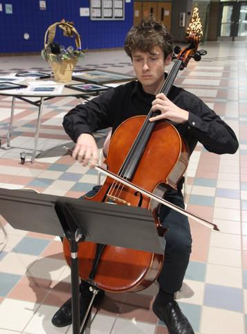 Sully Gwost, Cello