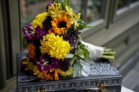 Messy Yellow Round bridal S.jpg