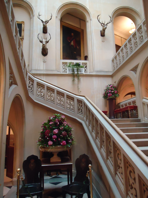 Dunrobin Castle Stairs.png