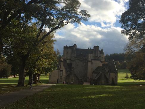 Castle Fraser Path.png