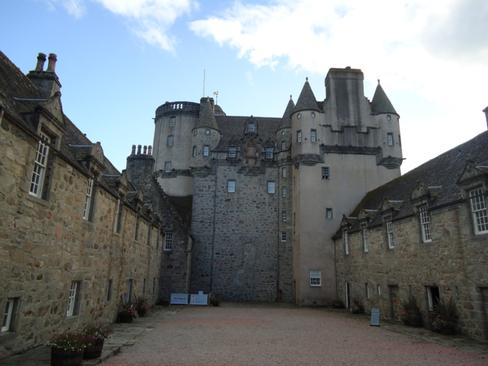 Castle Fraser Courtyard.png
