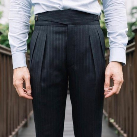 HOW TO LOOK TALLER WITH THE HELP OF DRESS PANTS