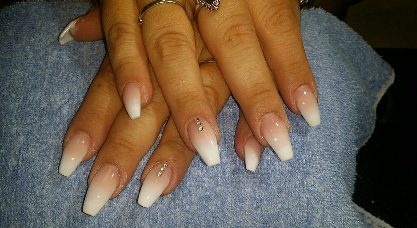 Welcome to Ankeny Nails Spa, Des Moines Nails, Polk City Nails...