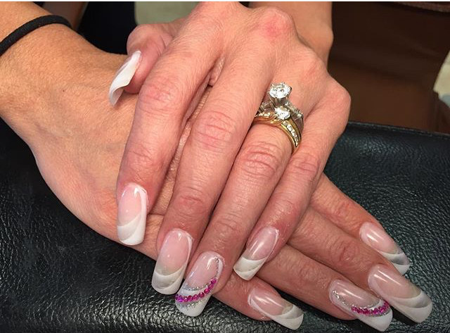 Tip Top Nails and Spa (16).jpg
