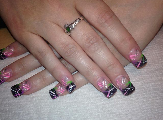 Tip Top Nails and Spa (15).jpg