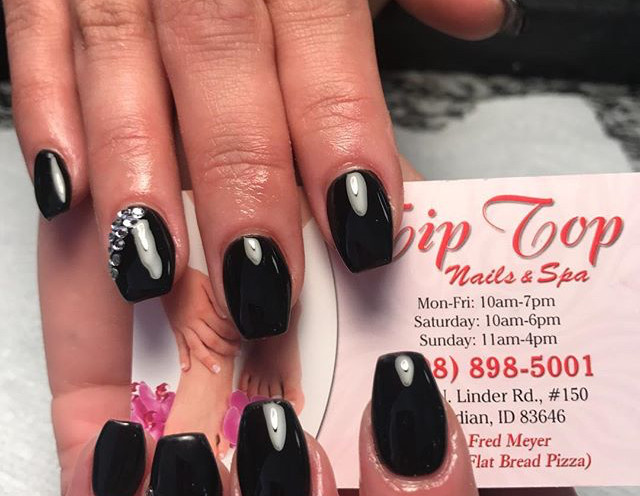 Tip Top Nails and Spa (43).jpg