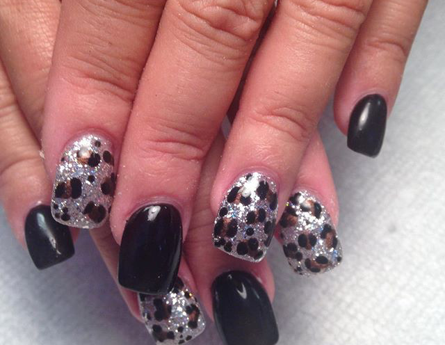 Tip Top Nails and Spa (19).jpg
