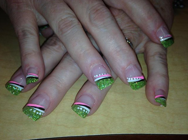 Tip Top Nails and Spa (13).jpg