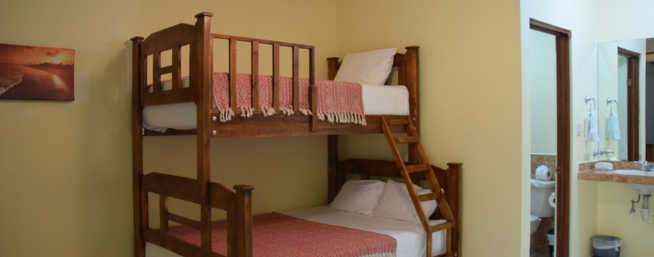 Room 5 Double/Twin bunk