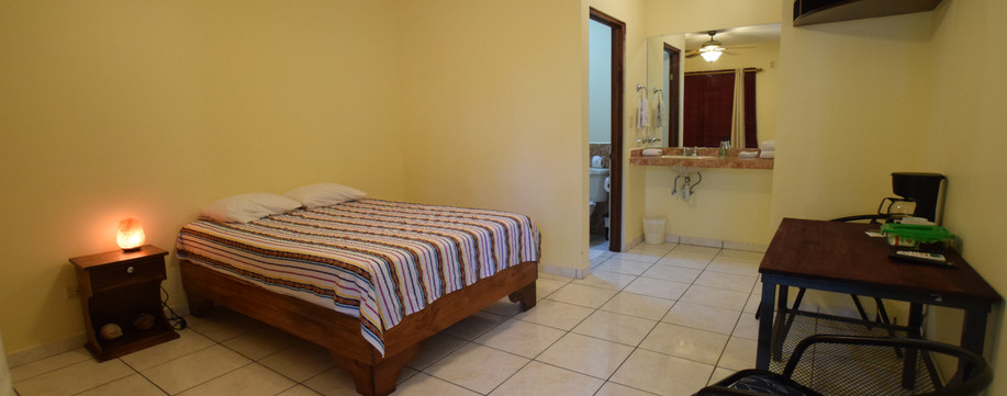 Room 6 - Double bed