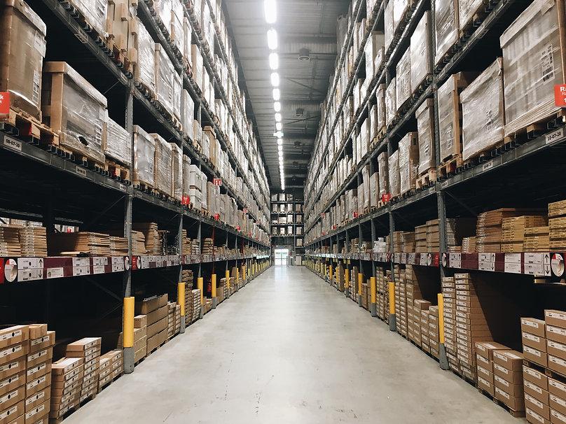 the-warehouse-ZMD8EW6.jpg