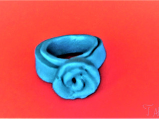 Ring with a rose