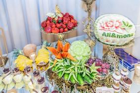 event-coordinator-beautiful-fruit-table