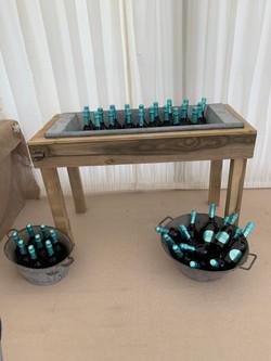 Drinks Bath Table