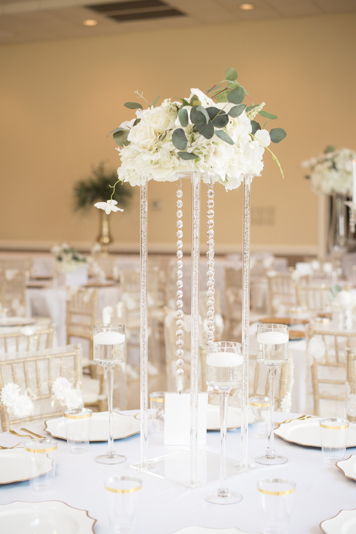 Clear Acrylic Pedestal Stands with Medium Floral