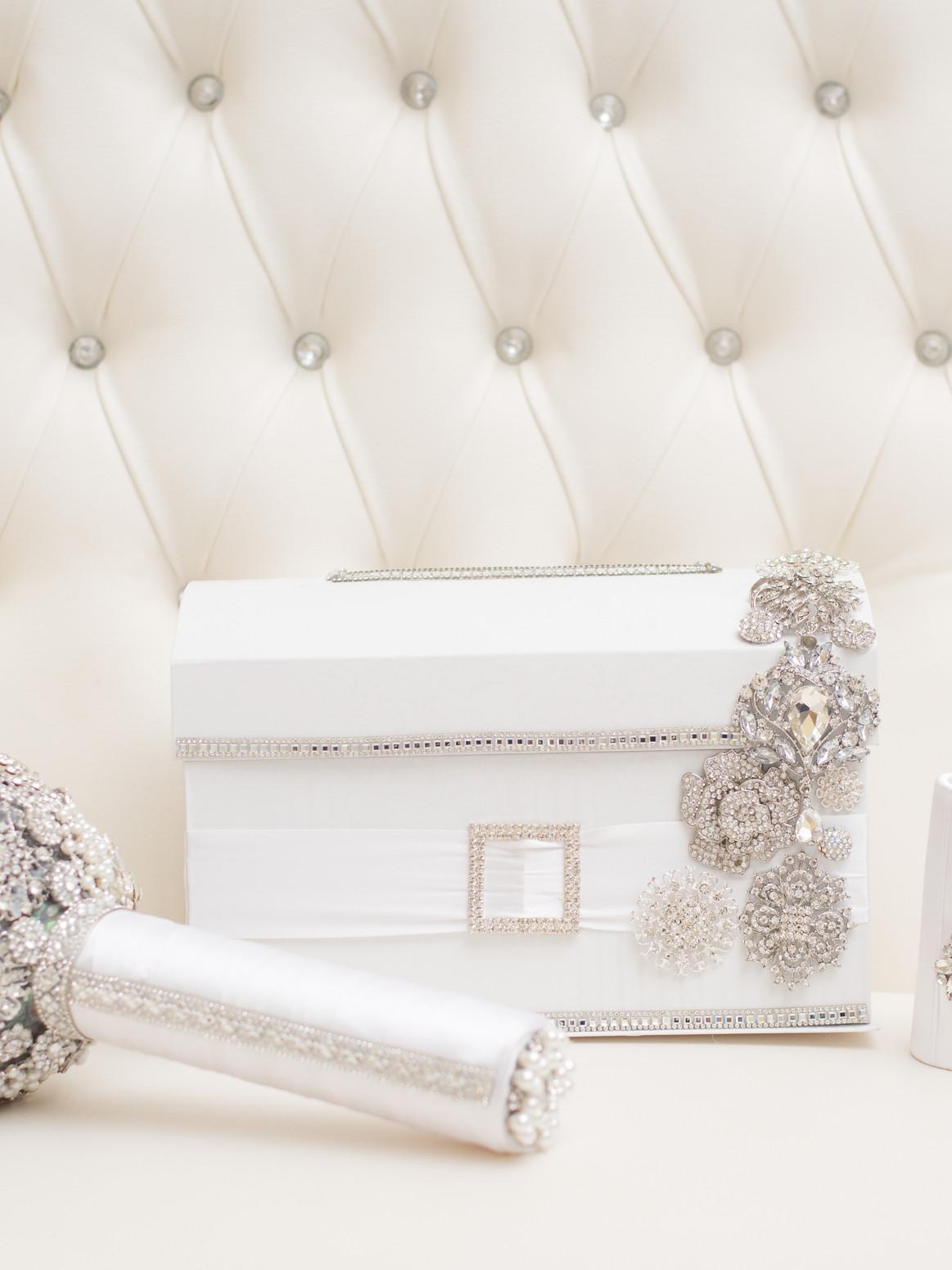 Brooch Bouquet-Card Box-Bouquet Holder