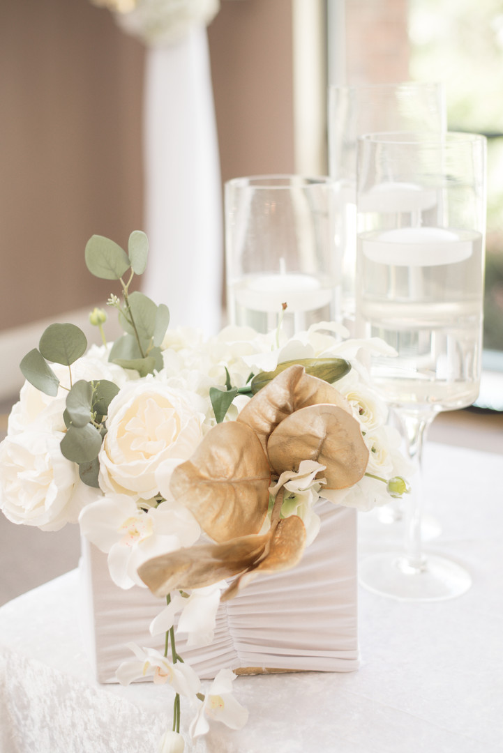 Box Centerpiece Available In Other Colors